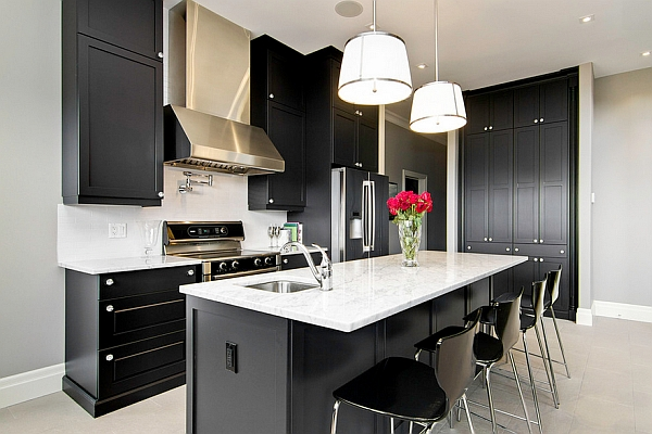 kabinet dapur hitam simple
